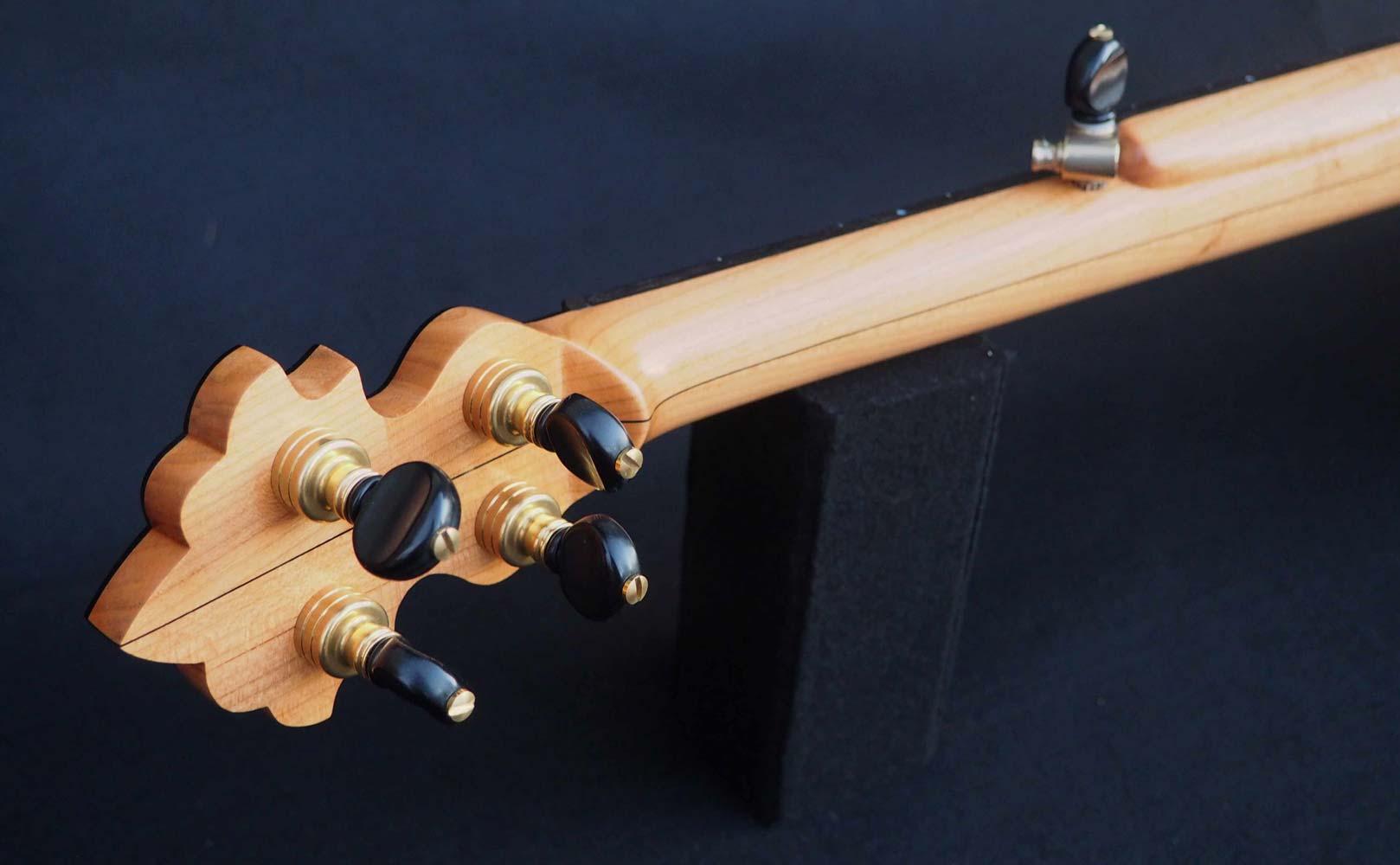 Edelweiss Banjo headstock