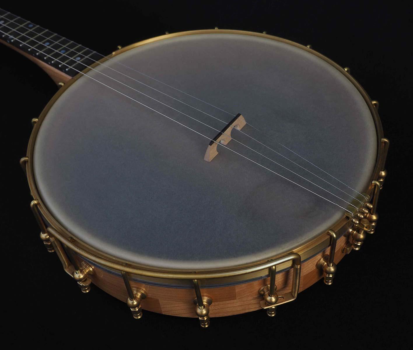 Eagle Music 19 Fret Tenor vellum