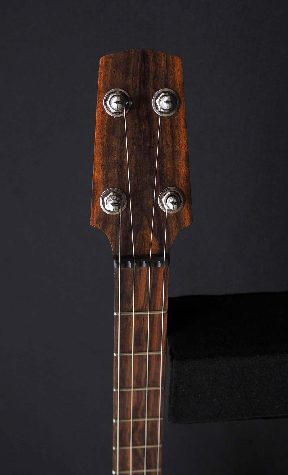 Cherry & Pau Ferro 19 Fret Tenor headstock