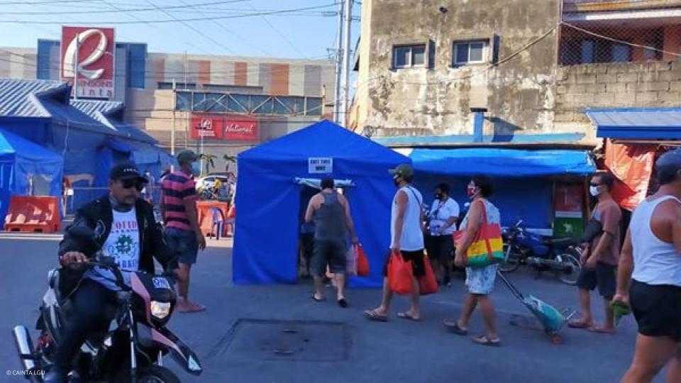 Disinfection Tents sa mga Palengke