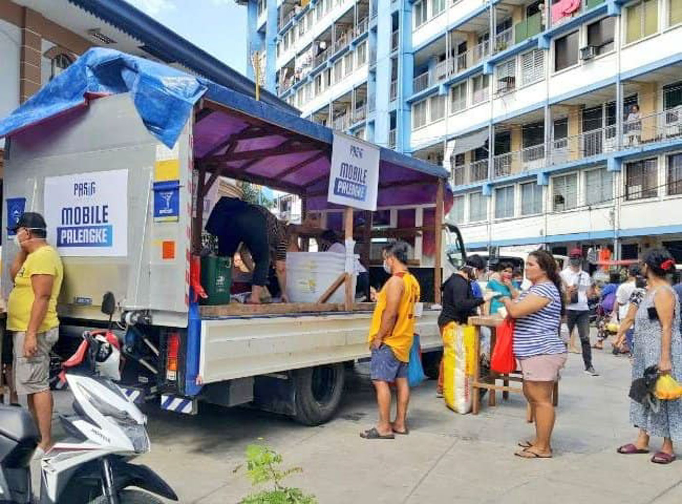 "Pasig LGU launches ""Mobile Palengke"""