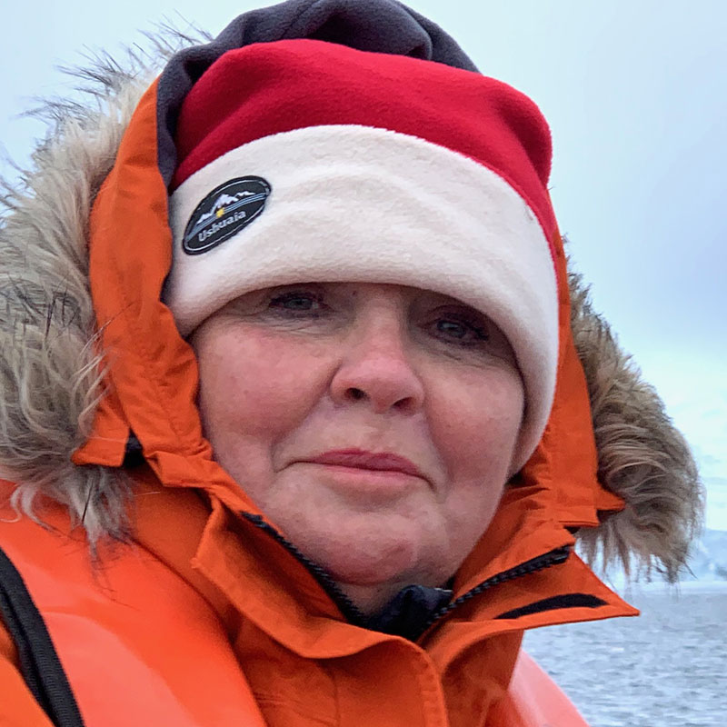 Jillian travels solo to the white continent with Lindblad Expeditions