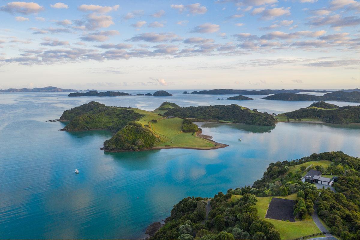 New Zealand 9 Night North Island Coastal Explorer with Viva Holidays