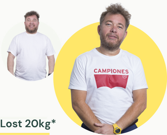 A man in a white t-shirt before and after losing 20kg of weight.