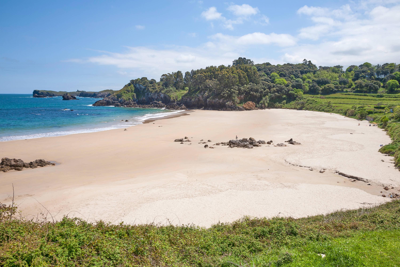 Playa de Toranda en Llanes, Asturias