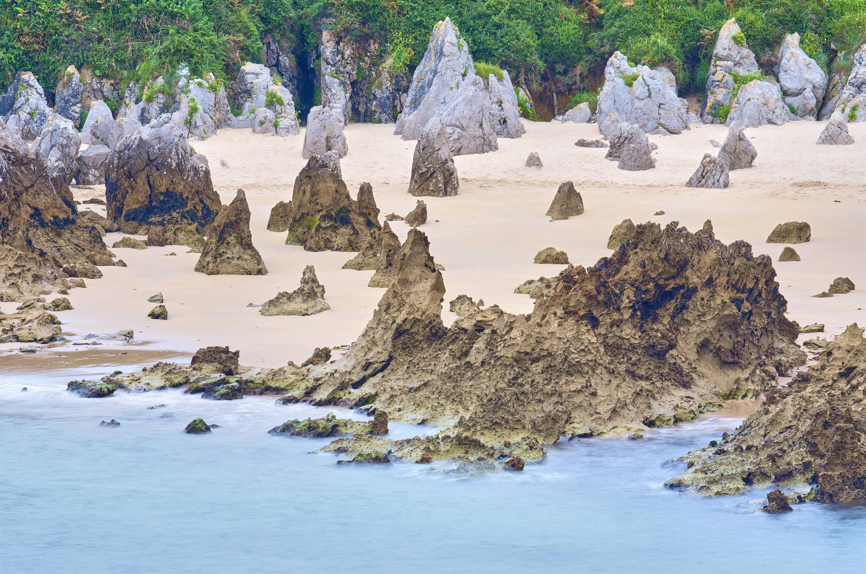 Detalle de Playa de Toro en Llanes, Asturias