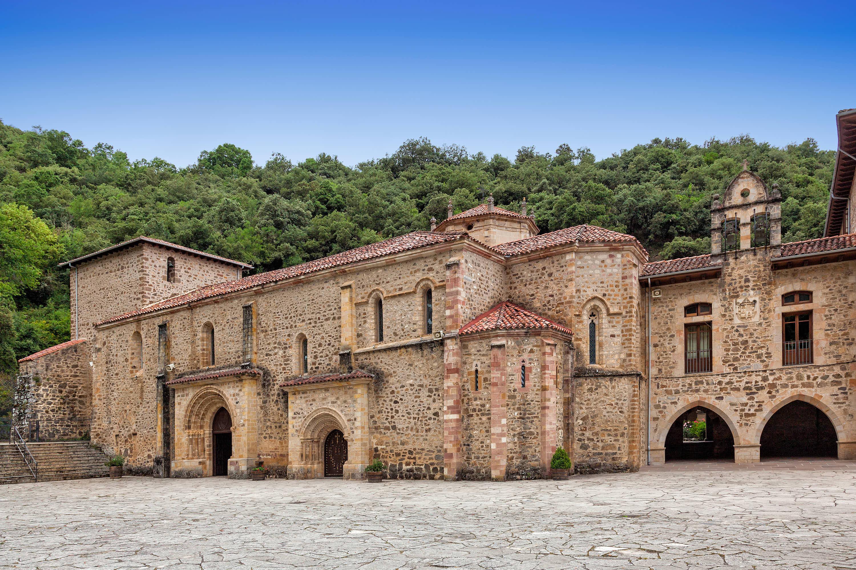 Monasterio de Santo Toribio de Liebana, cerca de Potes, en Cantabria