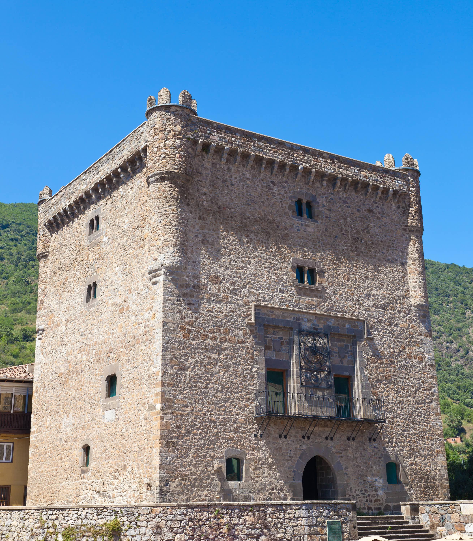 Torre del Infantado en la villa de Potes, en Cantabria