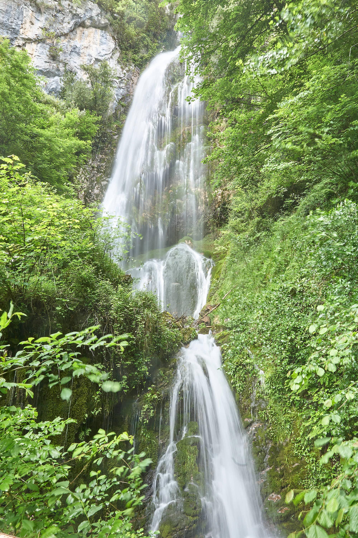 Cascada de Aguasaliu en el Desfiladero de Beyos, cerca de Cangas de Onis, en Asturias