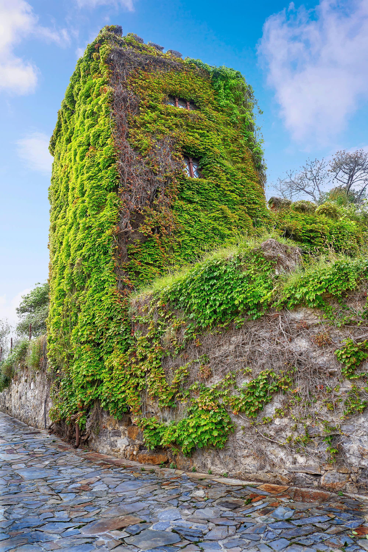 Torre de la Atalaya en Ribadesella, Asturias