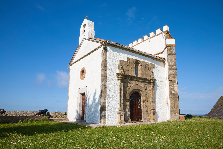 Ermita de la Virgen de Guia en Ribadesella, Asturias