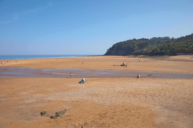 Vista de la Playa de La Griega en Colunga, Asturias