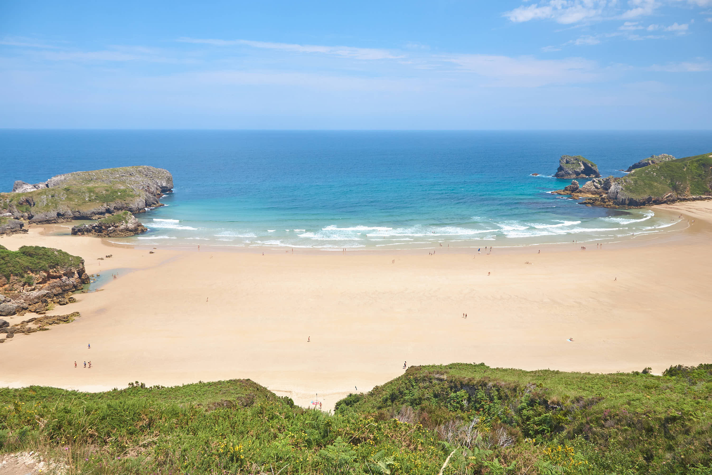 Playa de Torimbia desde atras en Llanes, Asturias
