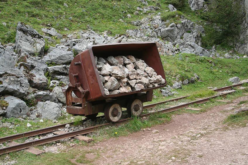 Vagón en las antiguas Minas de Buferrera, cerca de Cangas de Onis, Asturias