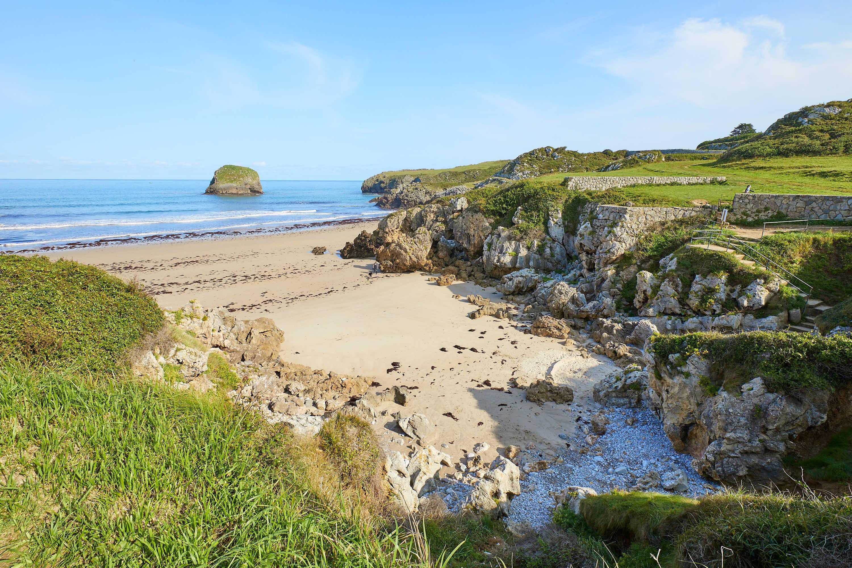 Arenal de la Playa de Troenzo en Celorio, Llanes, Asturias