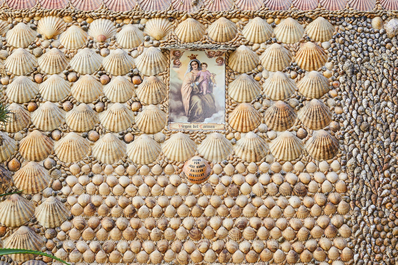 Virgen del Carmen en la Casa de las Conchas en Tazones, Villaviciosa, Asturias