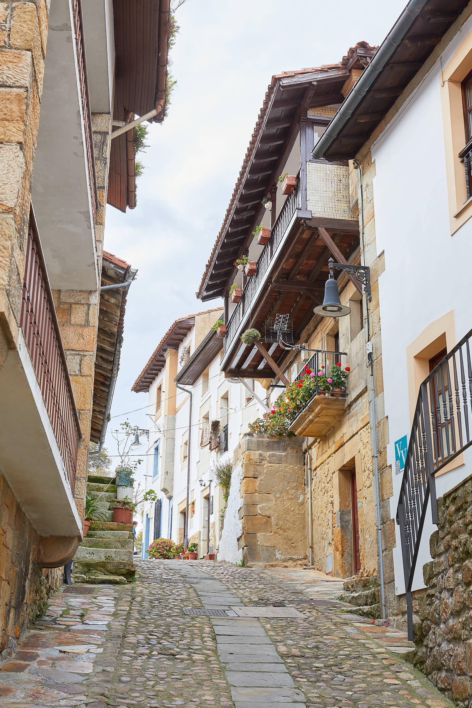 Calle Real de Lastres, Colunga, Asturias