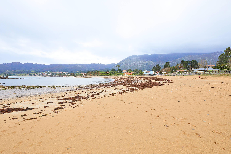 Panorámica la Playa de La Isla, Colunga, Asturias