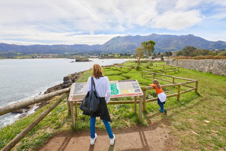 Trincheras de la Guerra Civil en La Isla, Colunga, Asturias