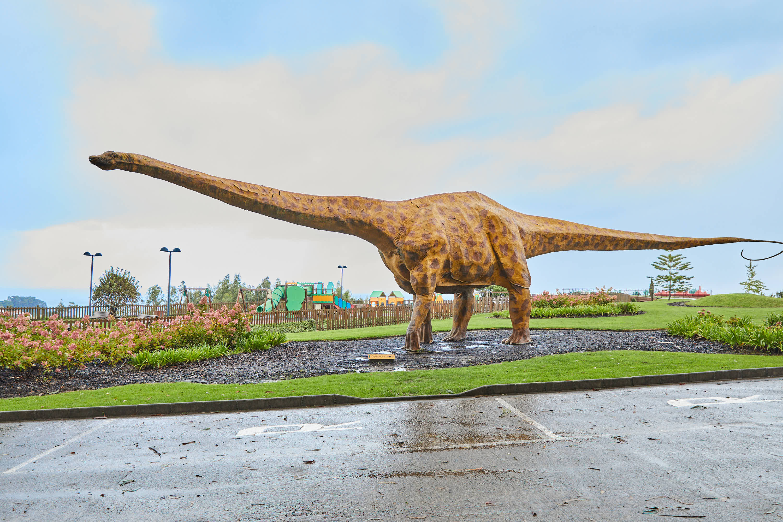 Maqueta de dinosaurio Diplodocus en el Museo del Jurásico de Asturias, MUJA, Colunga