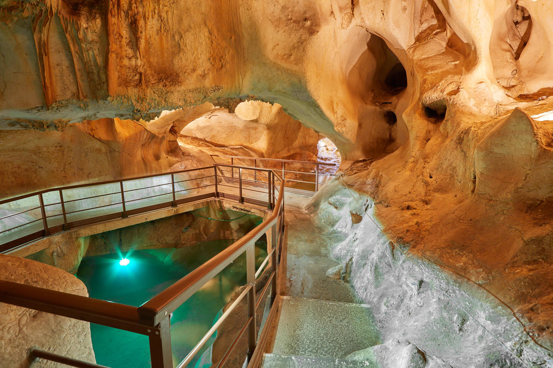 Ultimo lago en la Cueva del Tesoro en Rincon de la Victoria, Malaga, Andalucia, España