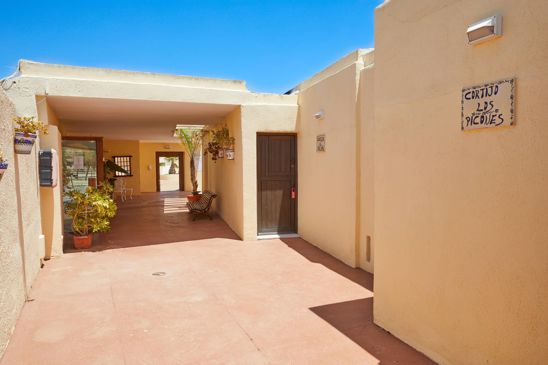 Distribuidor de habitaciones del Hotel Cortijo El Sotillo en SanJose, Cabo de Gata, Nijar, Almeria, Andalucia