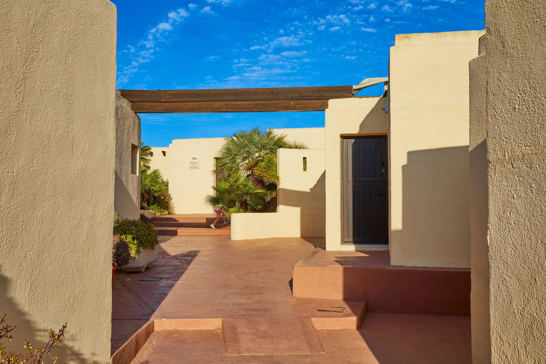 Pasillo del Hotel Cortijo El Sotillo en SanJose, Cabo de Gata, Nijar, Almeria, Andalucia
