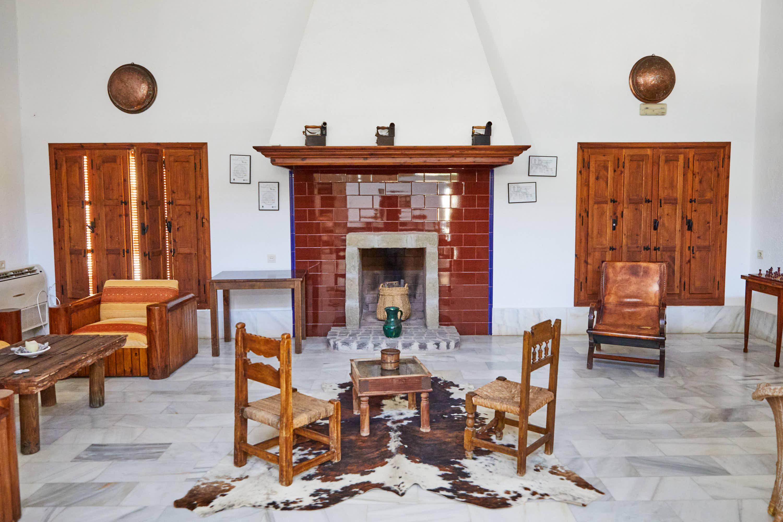 Salon del Hotel Cortijo El Sotillo en SanJose, Cabo de Gata, Nijar, Almeria, Andalucia