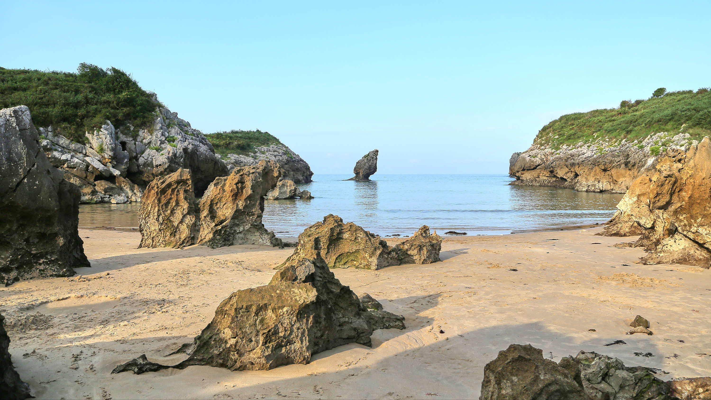 Playa de Buelna en Llanes, Asturias