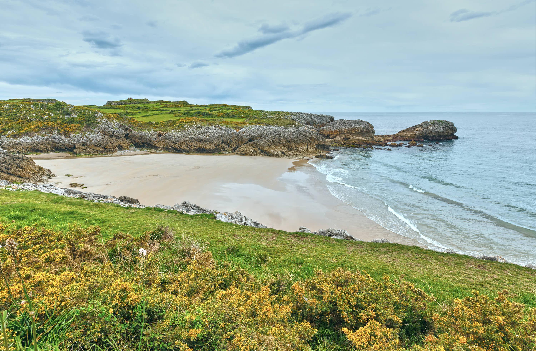 Playa de Huelga en Llanes, Asturias