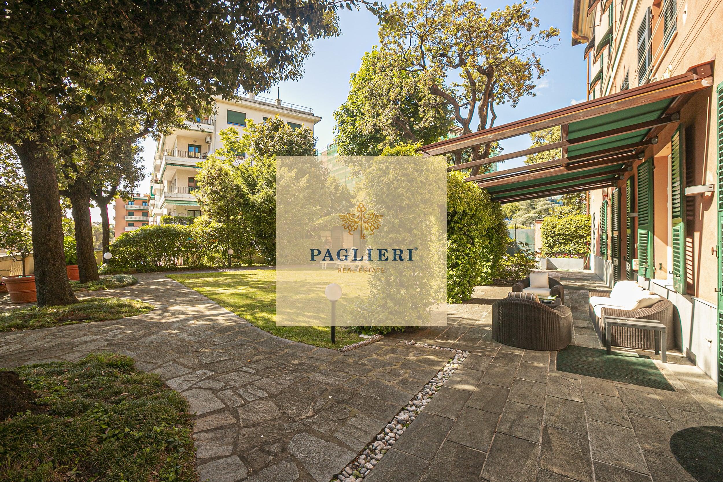 Appartamento in villa storica in vendita a Genova Albaro
