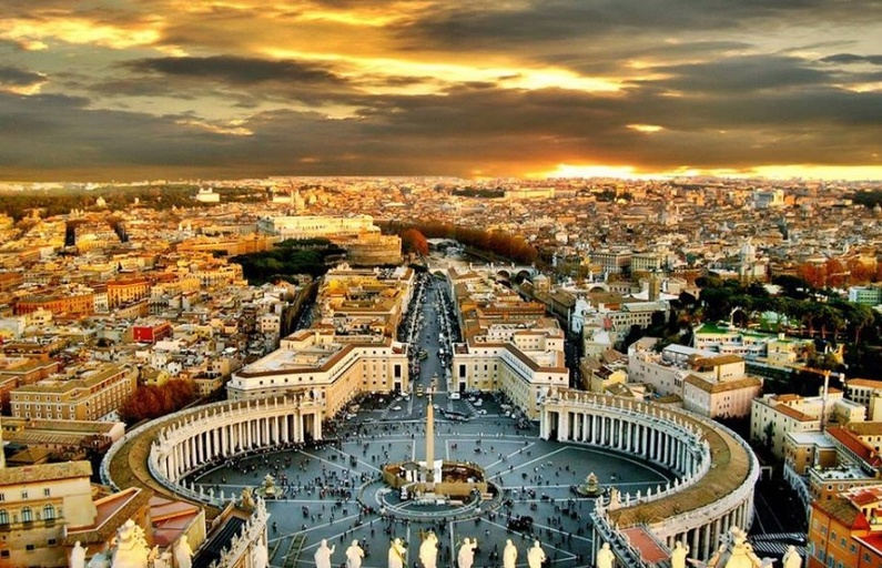 Rome: Reinvention and the Eternal City