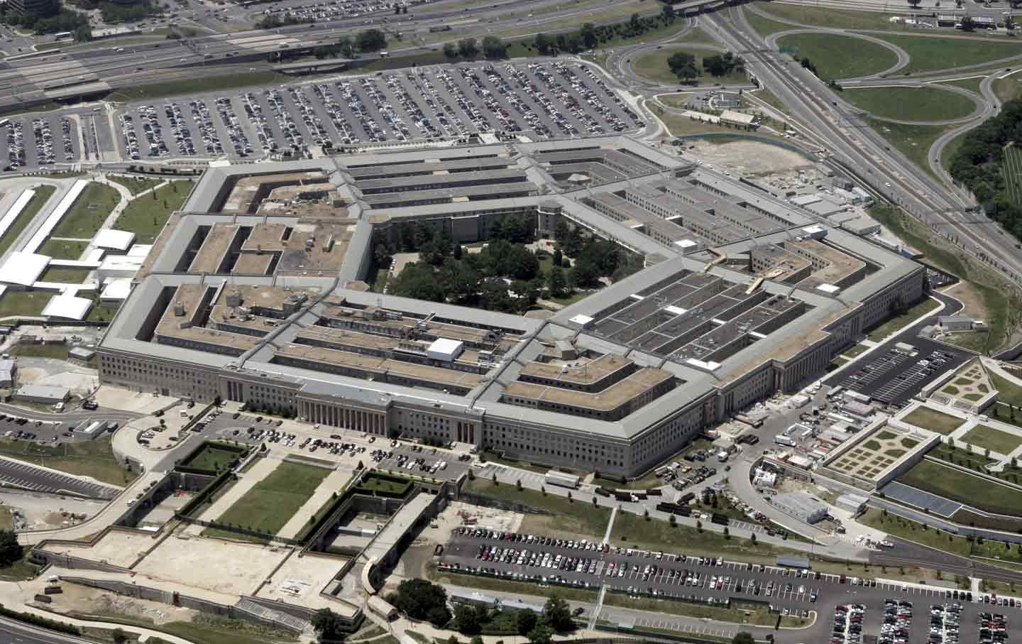Power at the Pentagon: Civilian-Military Relations and Representation