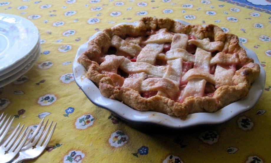 Strawberry Rhubarb Pie with Kate McDermott