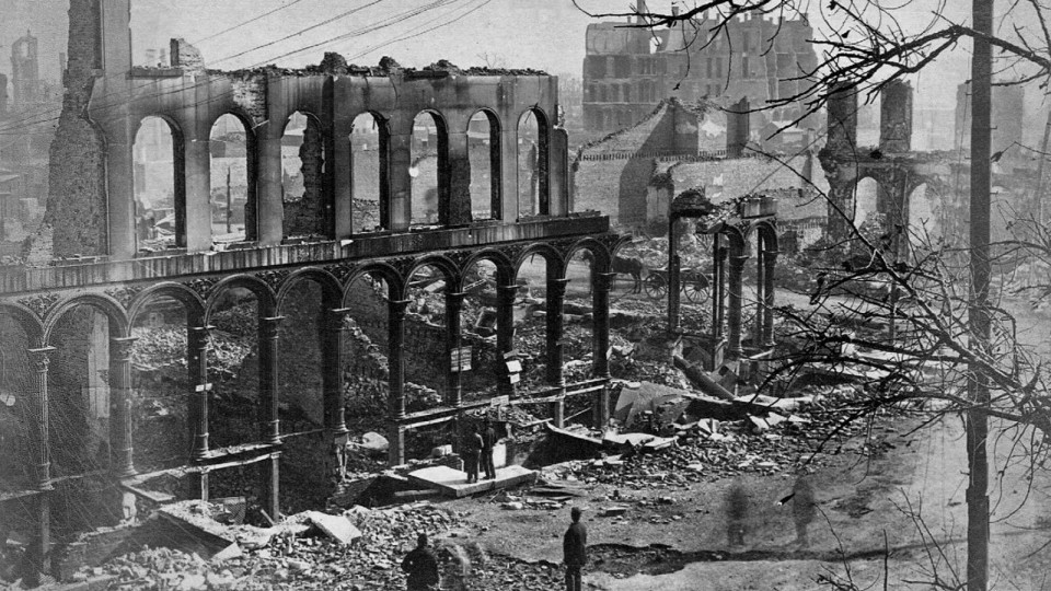 Extinguishing the Myths of the Great Chicago Fire