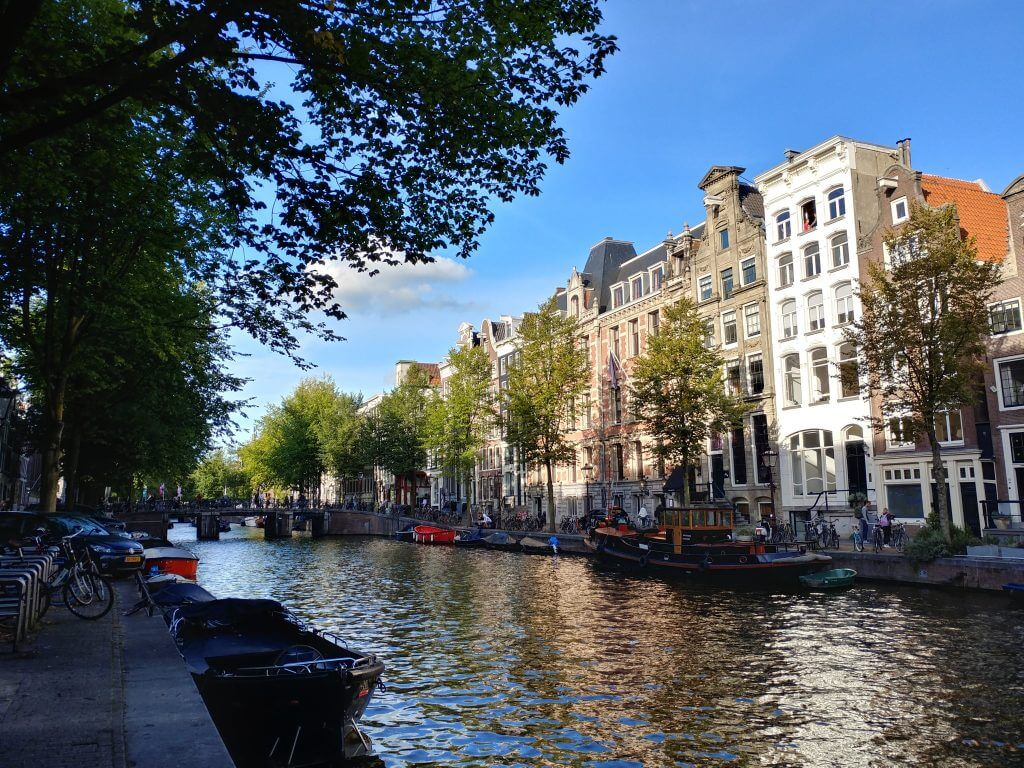 Amsterdam Canais, The Brave New Life, Gisele Medeiros