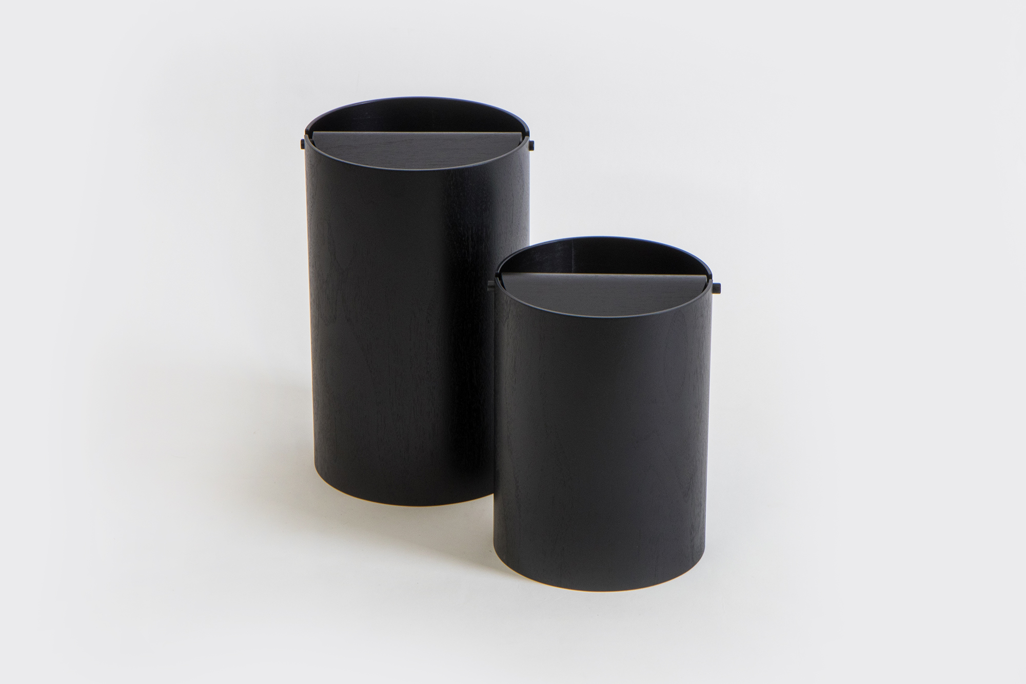 Waste Basket with Lid