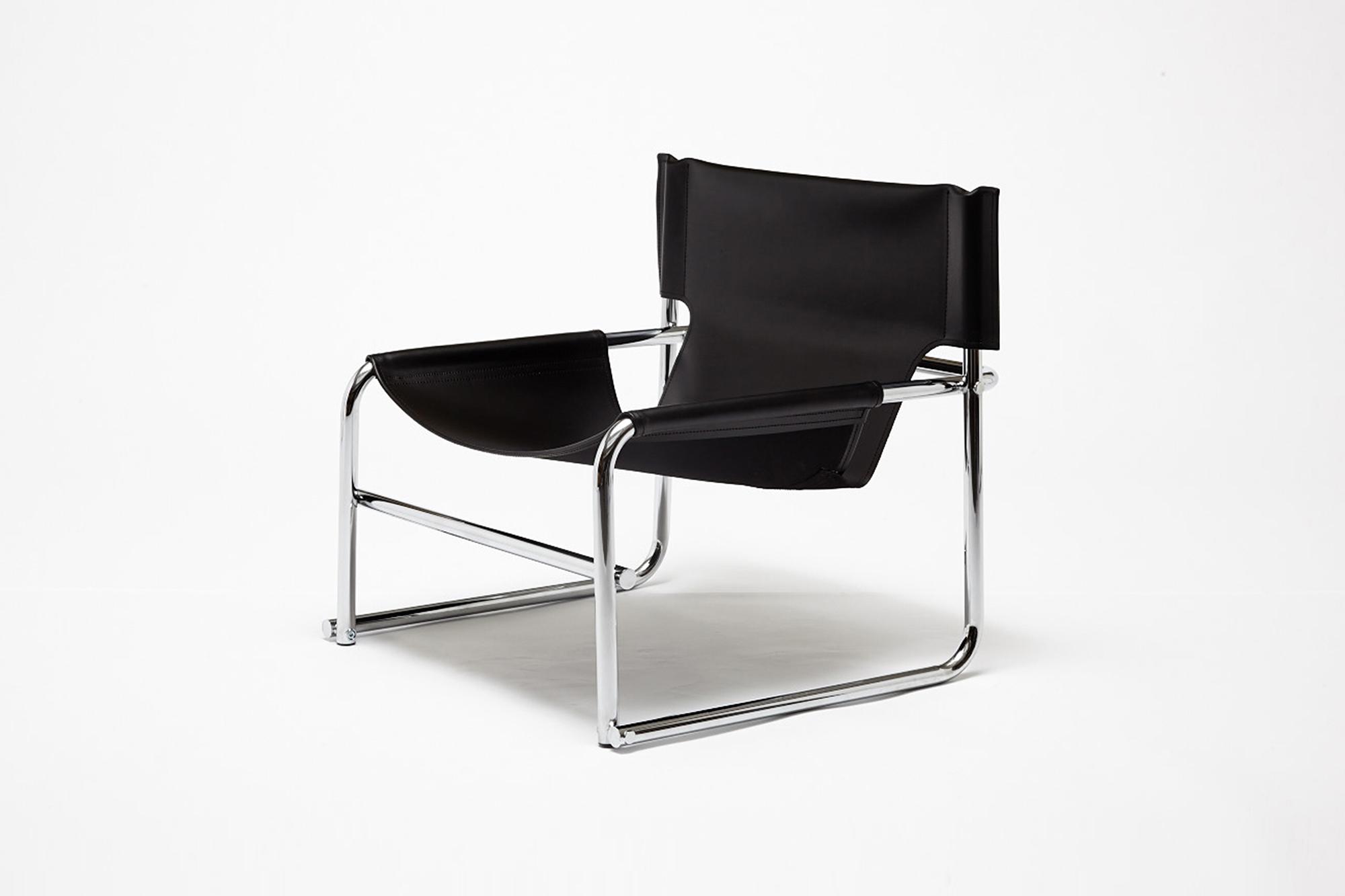 T1 Armchair