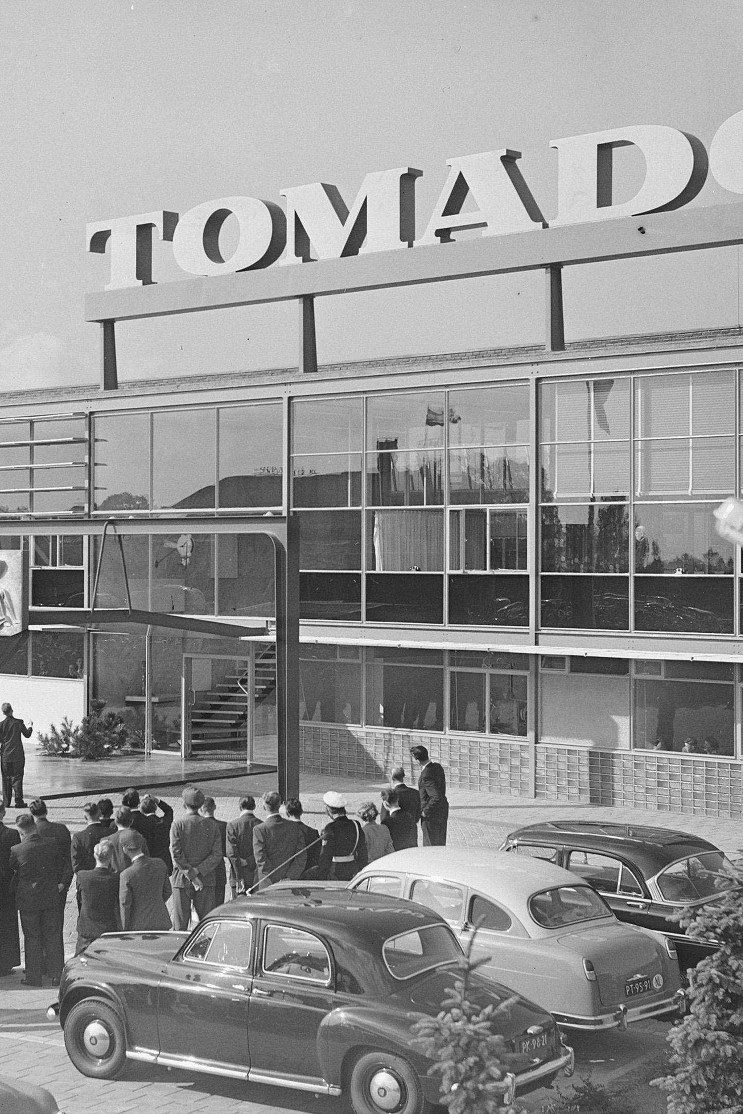 Tomado Modular Wall Shelving – A Short History