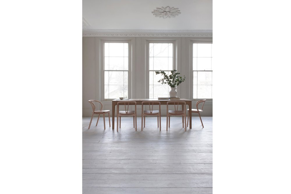 Ercol Romana Extendable Dining Table