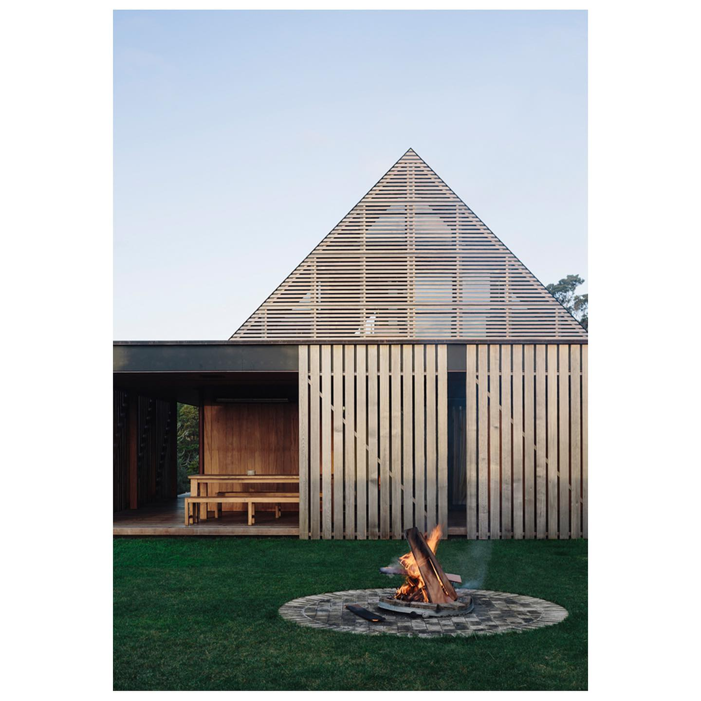 Nestled at the foot of Auckland's Waitakere Ranges, this tim