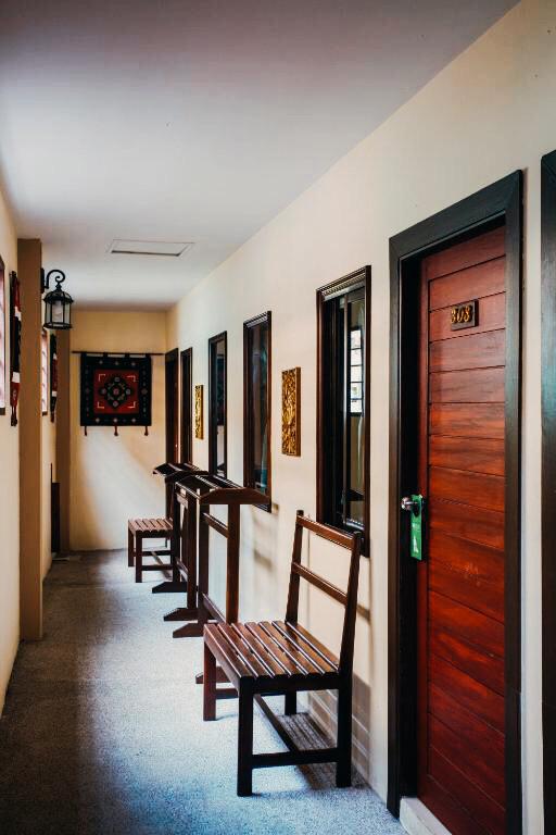 Entrance for standard rooms