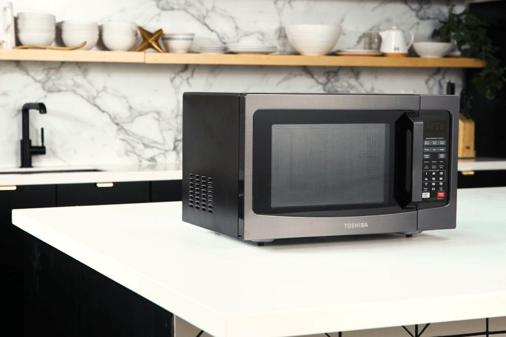 Toshiba EM131A5C Microwave Review