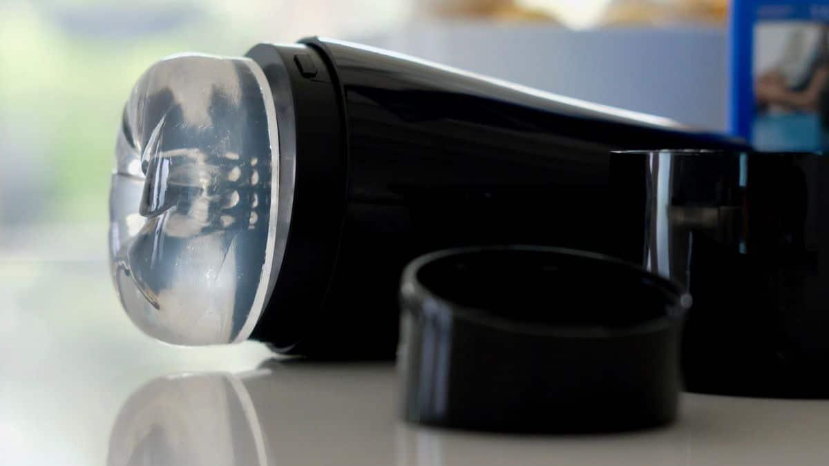 Fleshlight Pilot Ice sleeve and cap