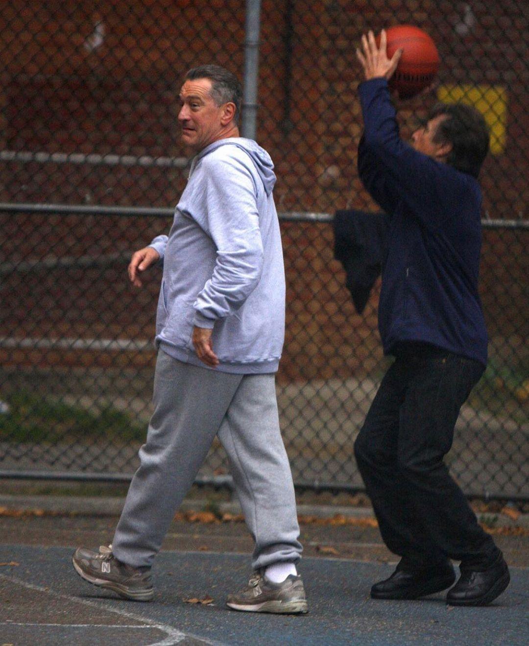 Robert de Niro & Al Pacino playing Basketball in NYC
