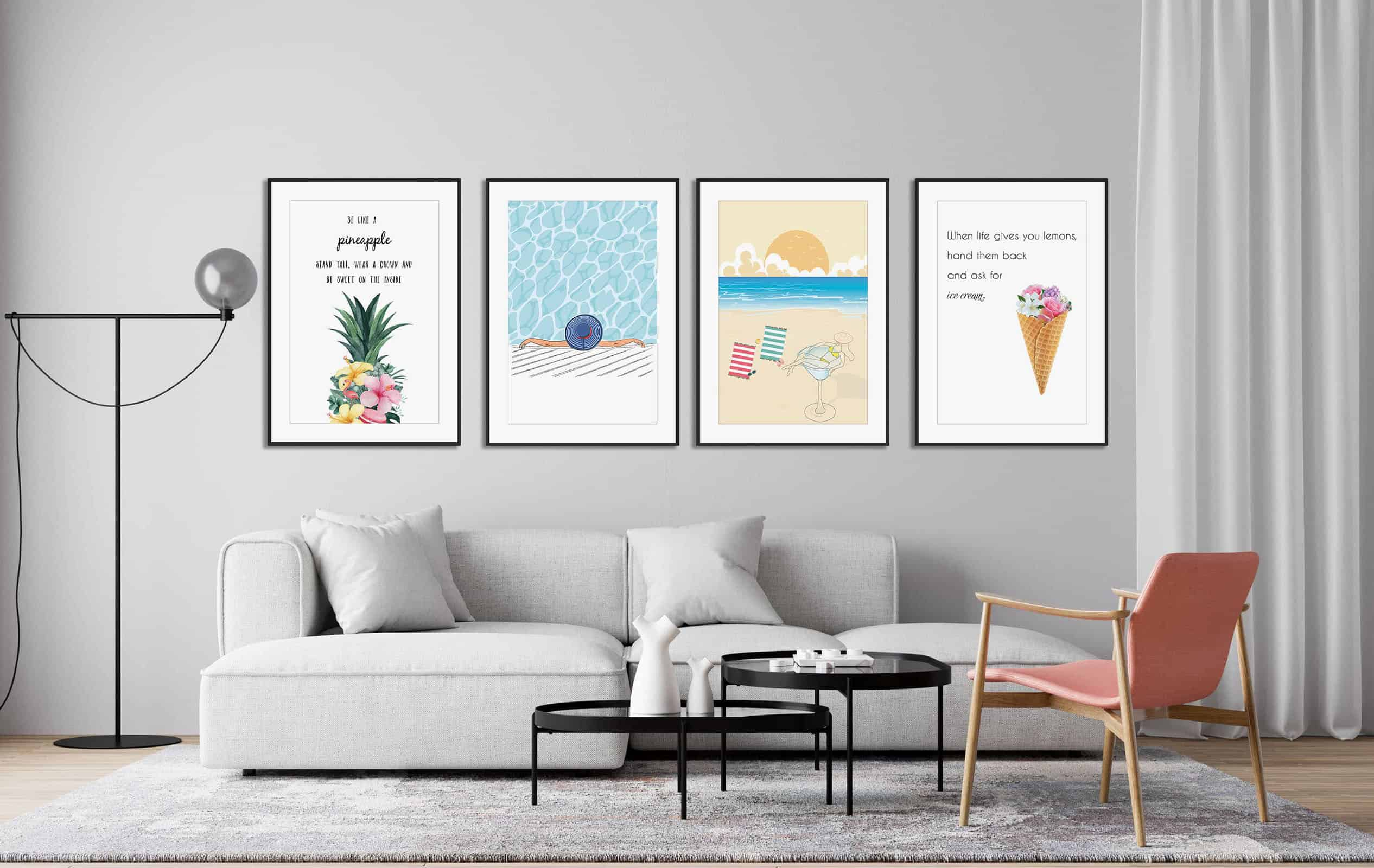 Ivy Qui Design posteri na zidu u dnevnoj sobi