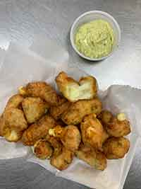 Fried Garlic Cheese Curds