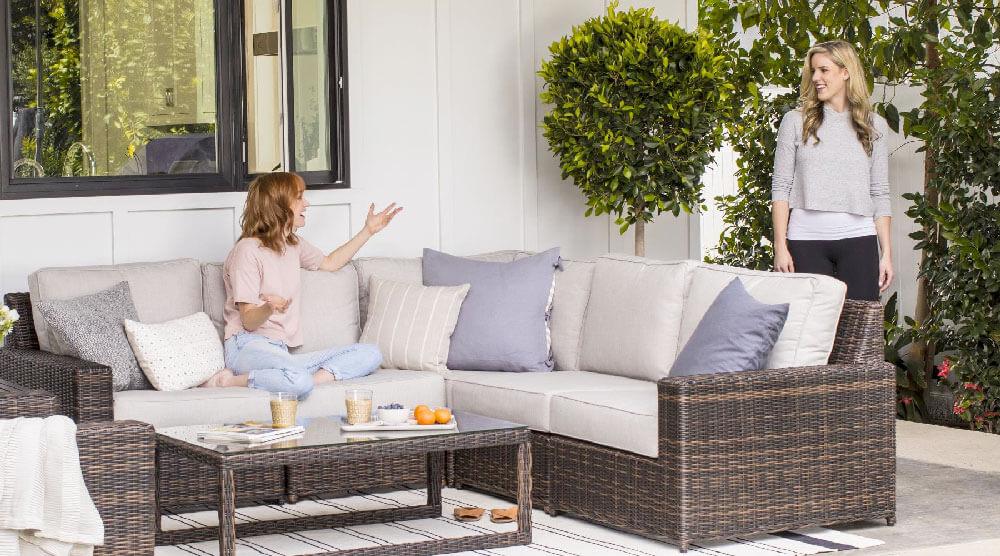 Yardbird Langdon Sectional Sofa Set