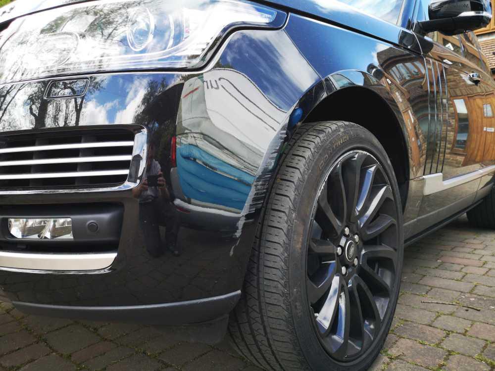 Range Rover Bumper Scuff Repair