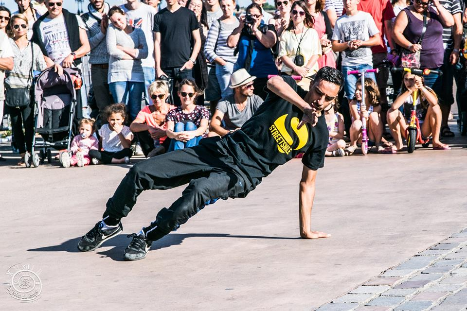 Spectacle hiphop breakdance à montpellier - streetsmile